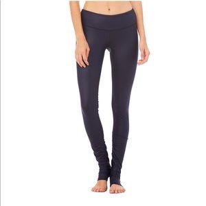 Pants - Alo Yoga idol legging
